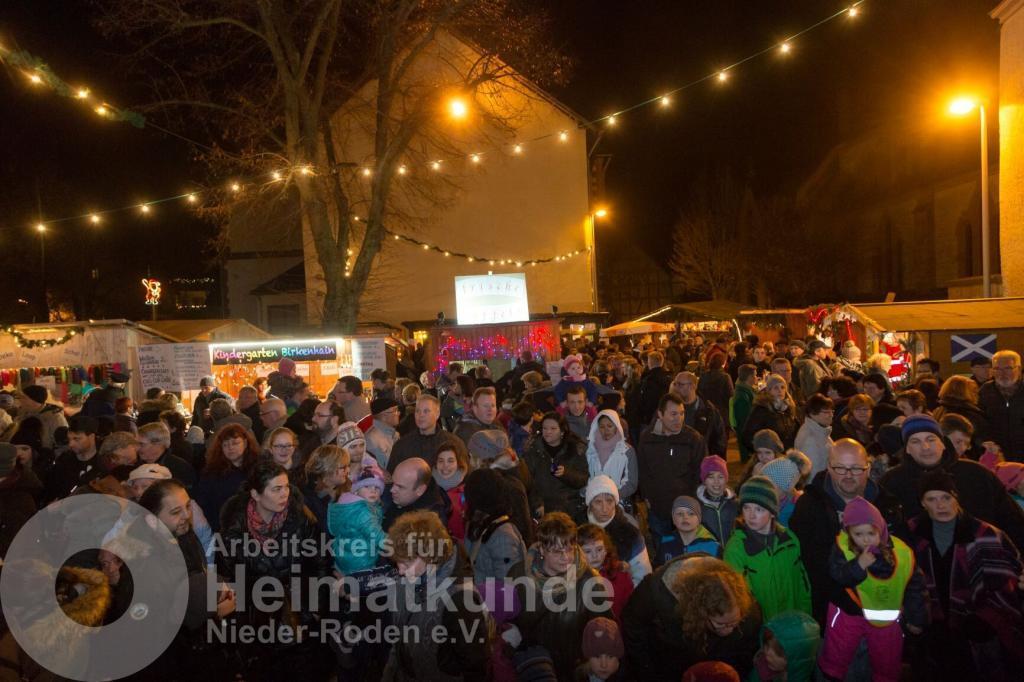 Der Nieder-Röder Adventsmarkt - Archivaufnahme aus 2015 - © Peter Petrat/AKHNR